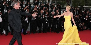 Charlize Theron Wows in Yellow Dior gown (Getty Images)