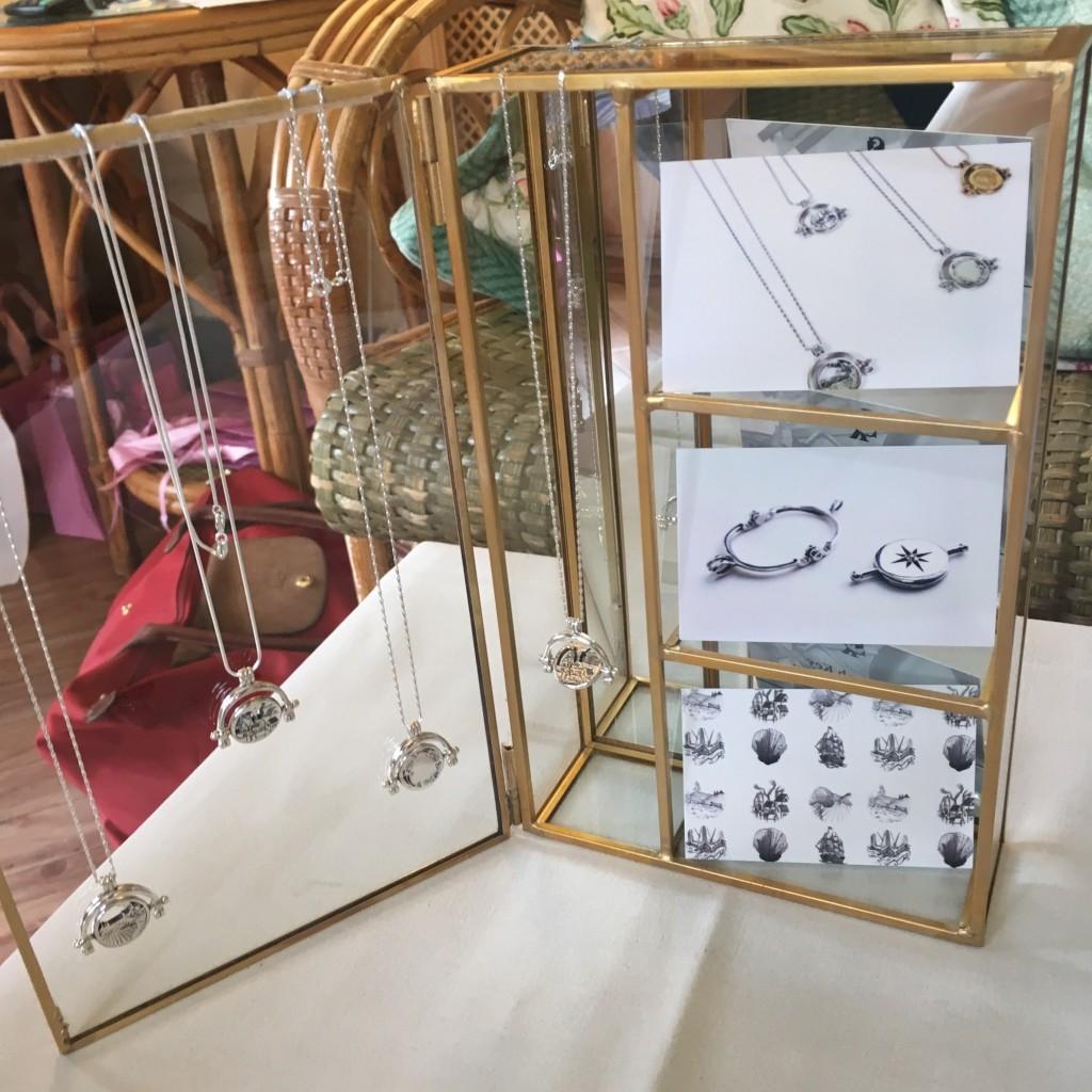 Talented Suzannah Key spinning pendants