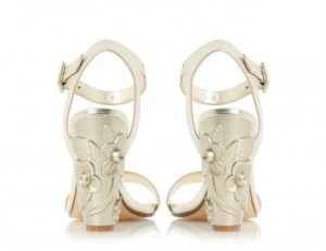 The ultimate holiday sandal
